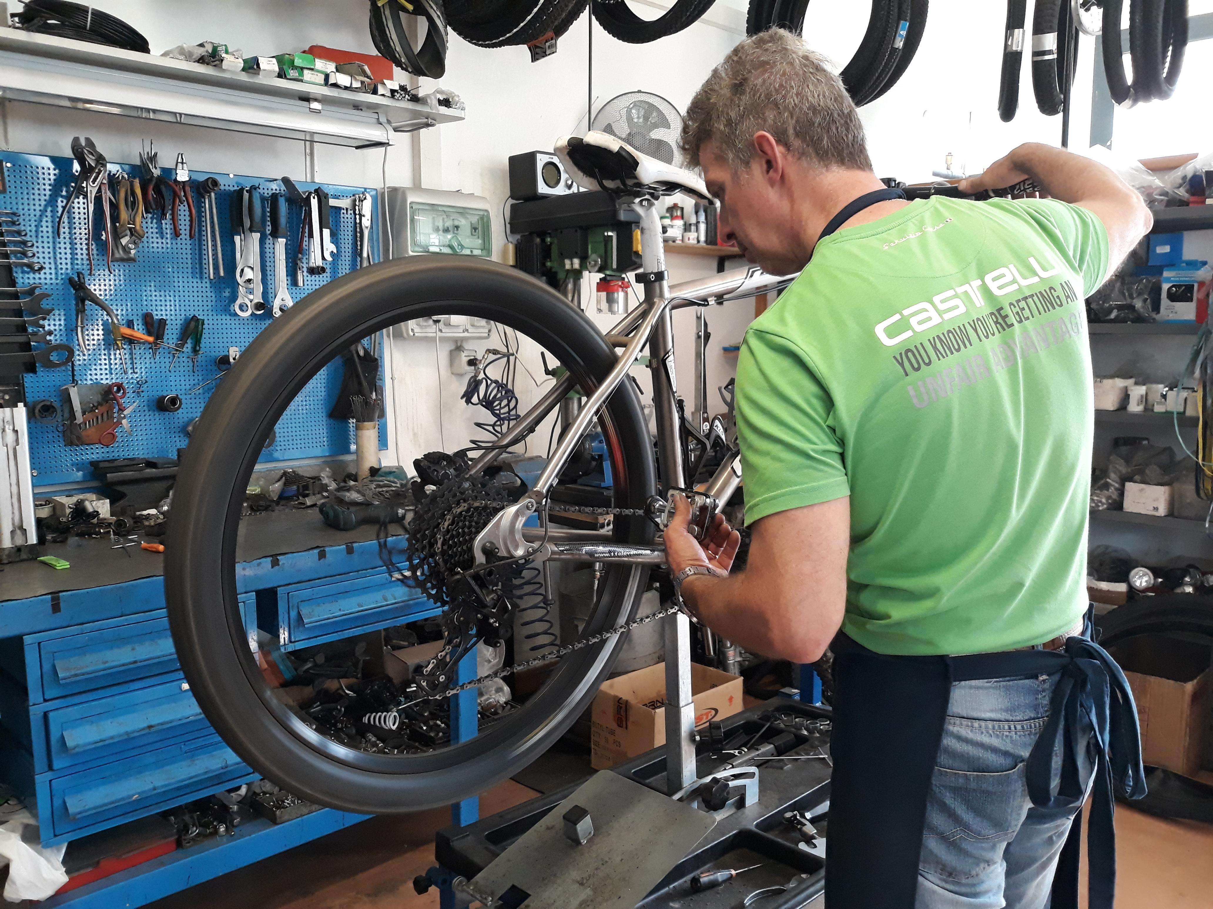 riparazione cicli, e-bike